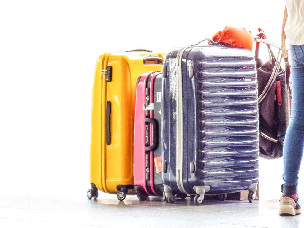 簡単にわかる、スーツケースの選び方|人気ブランドや1万円以下で買えるおすすめ12選